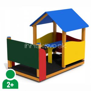 Detský domček s tabuľou